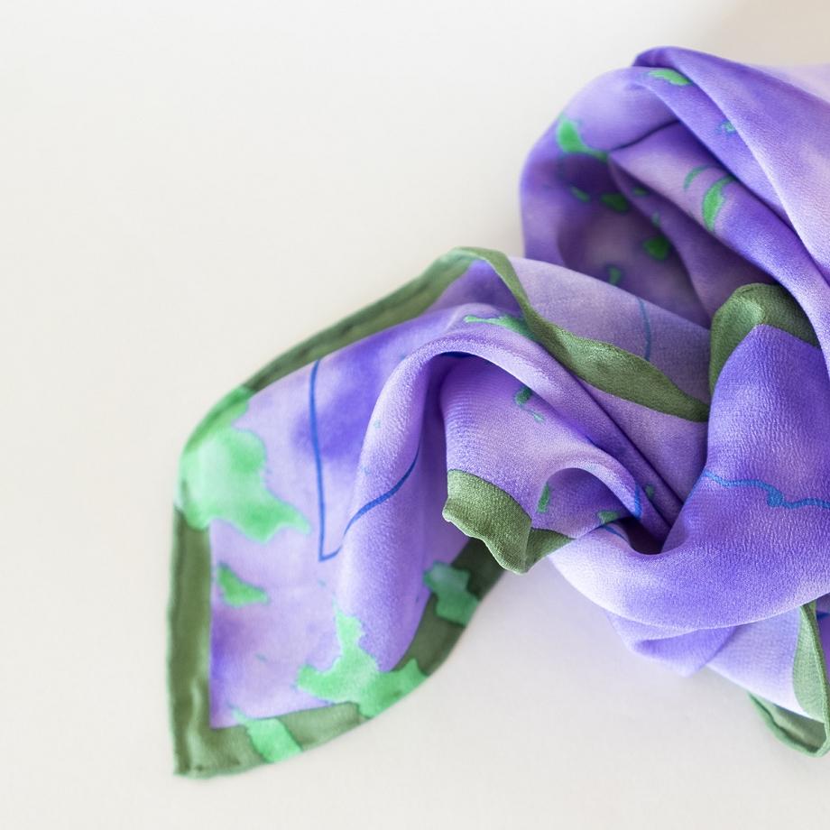 Pañuelo pequeño de seda morado y verde